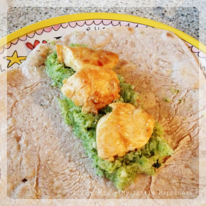 Wrap met broccoli puree en kip