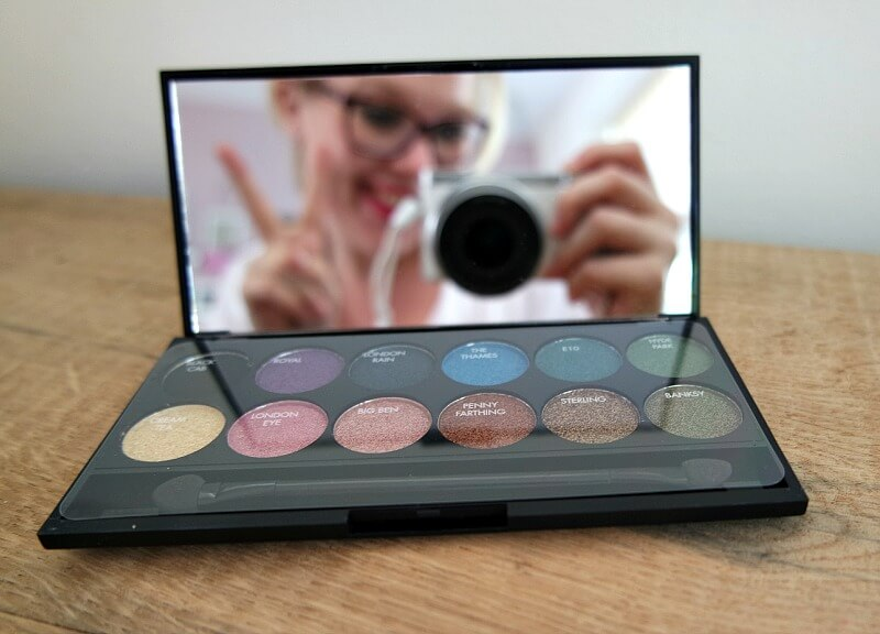 Review sleek palette