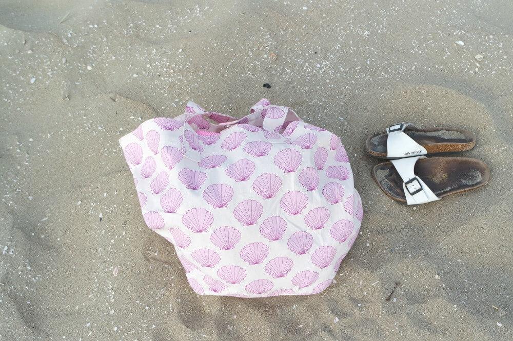 Beach Look - OOTD - Tas H&M - Birkenstock