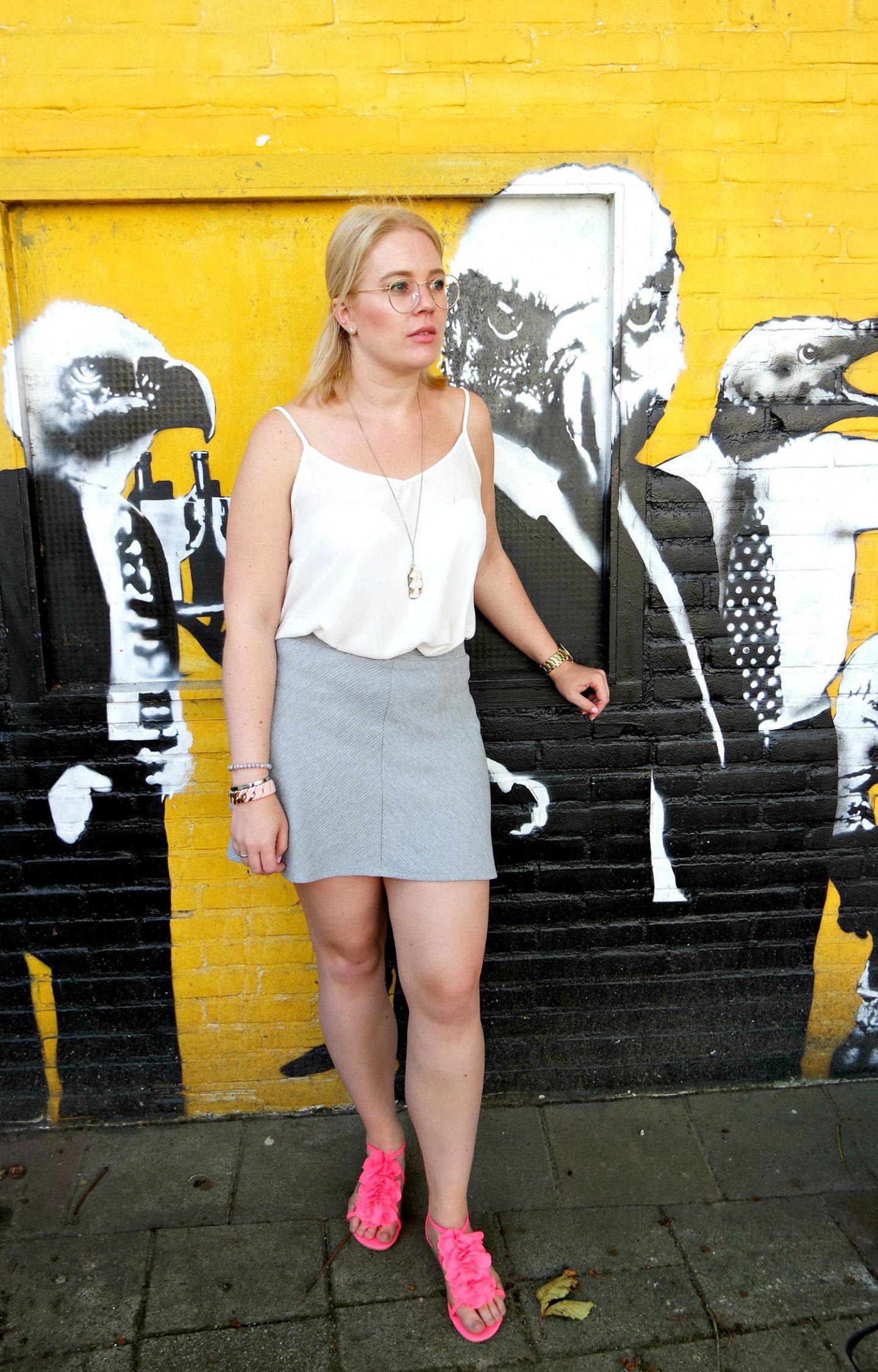 Polette Eyewear | Skater rokje | H&M schoenen | Primark top