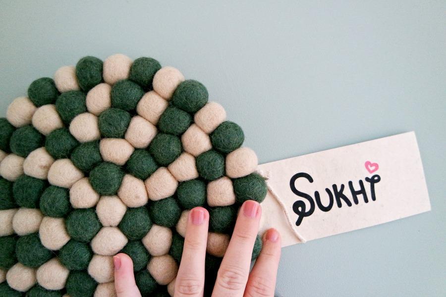 Sukhi | Vilten bolletjeskleden uit Nepal