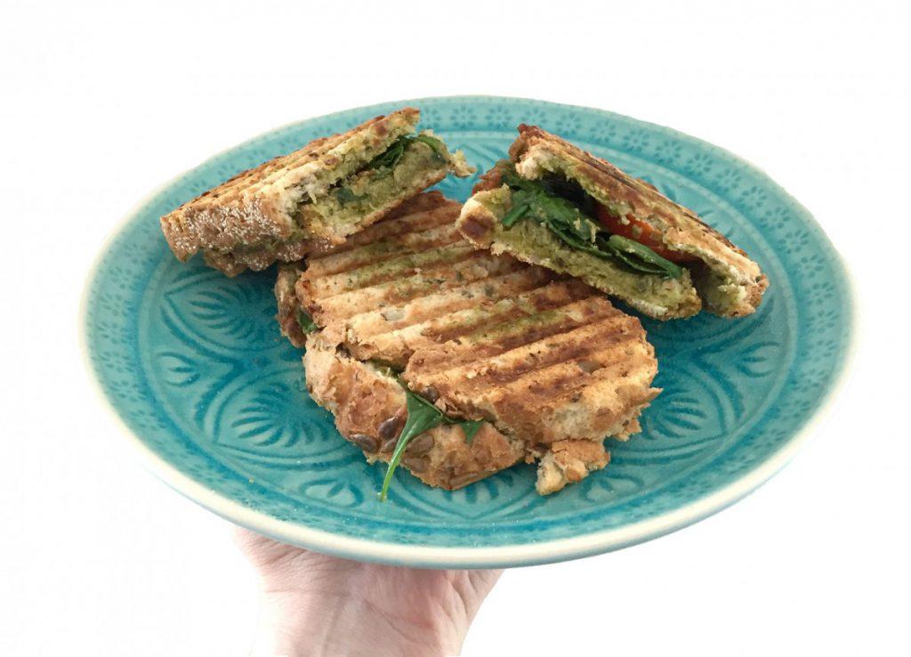 Overheerlijke healthy tosti pesto