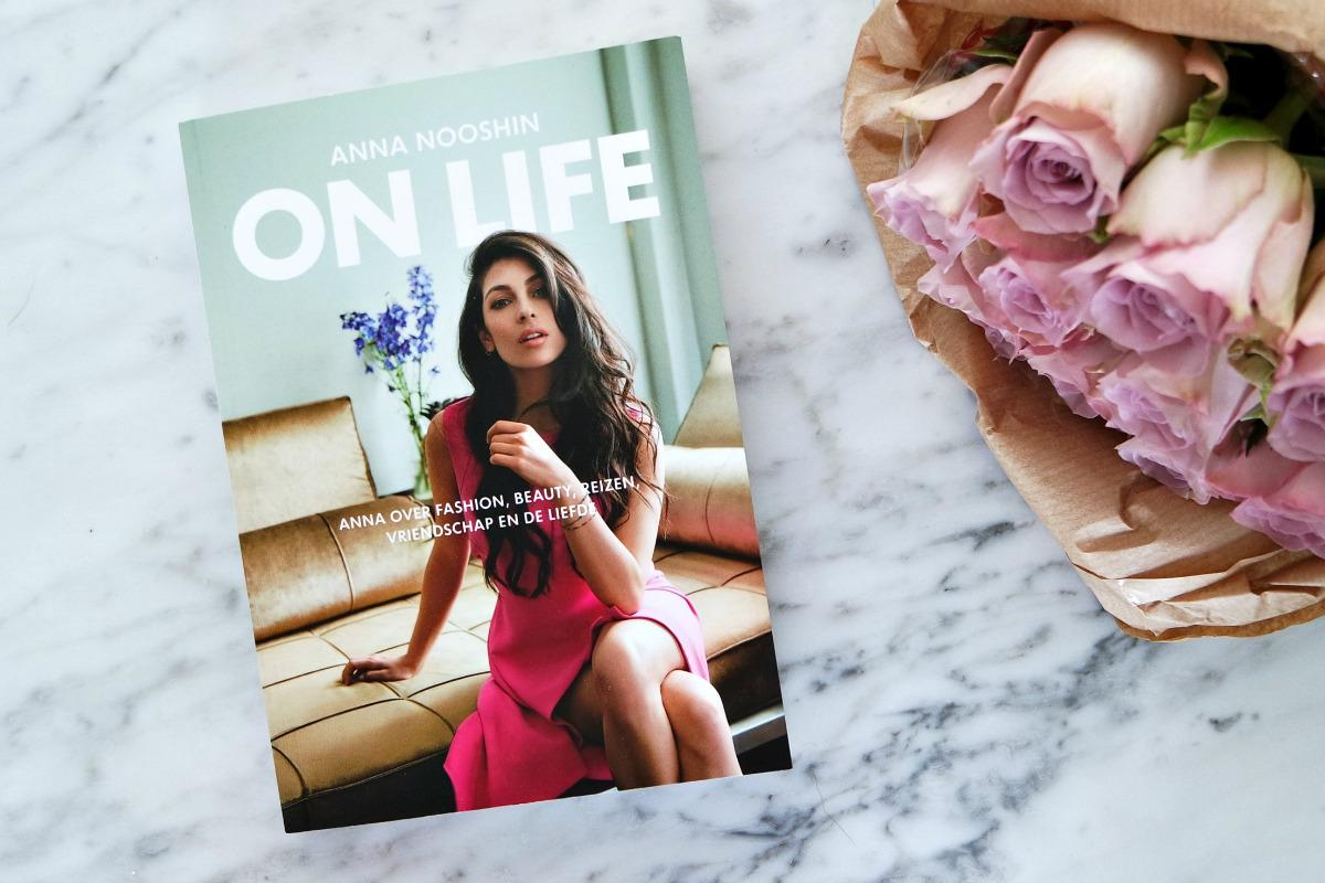 On Life Anna Nooshin | Boek review