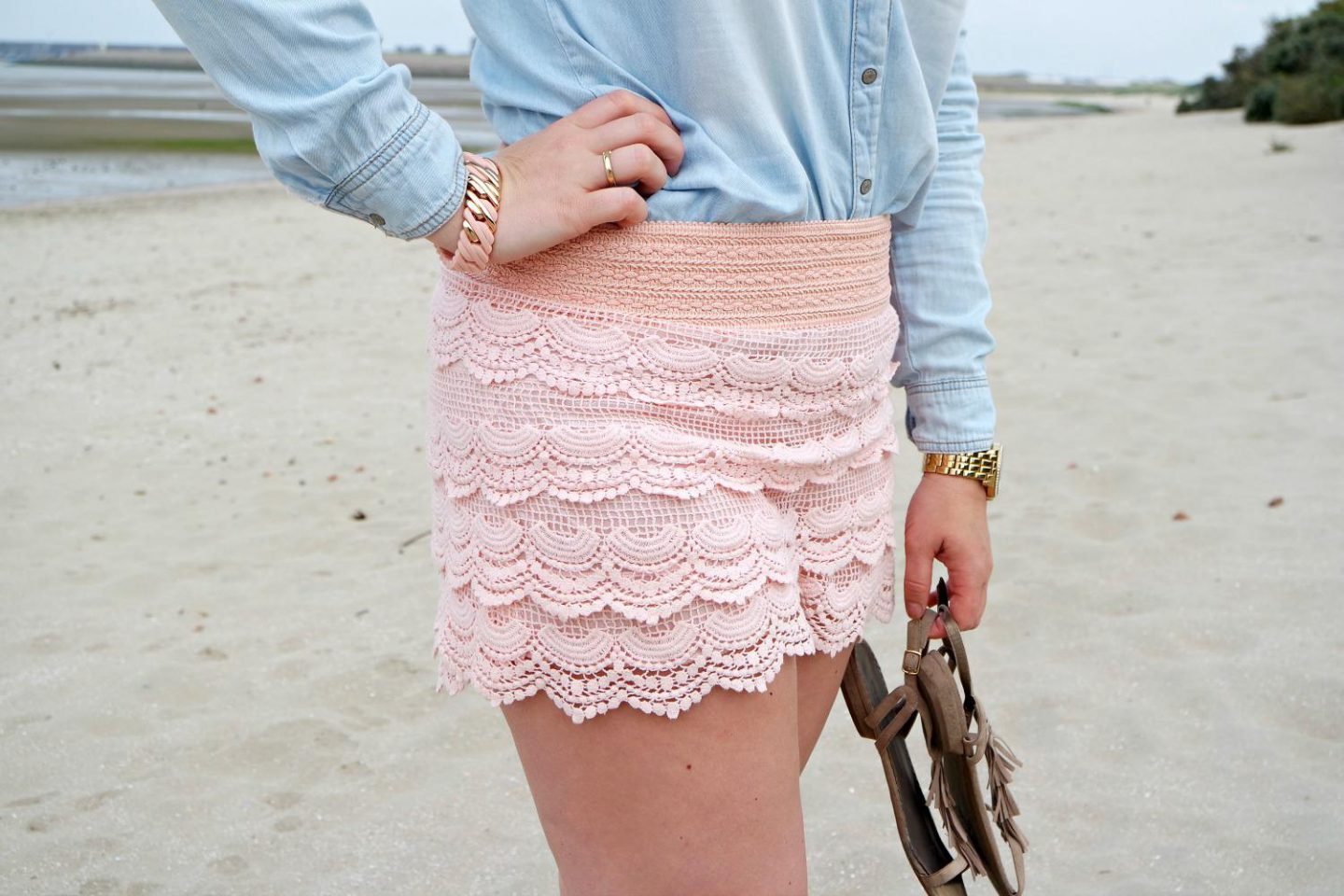 Outfit | Pastels at the Beach | details 2