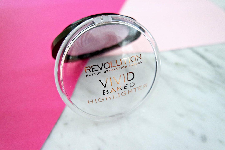 Make up Revolution Vivid Baked Highlighter