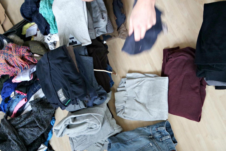 kledingkast uitruimen