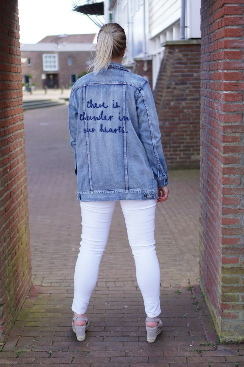 Outfit | There is thunder in our hearts spijkerjas only 1