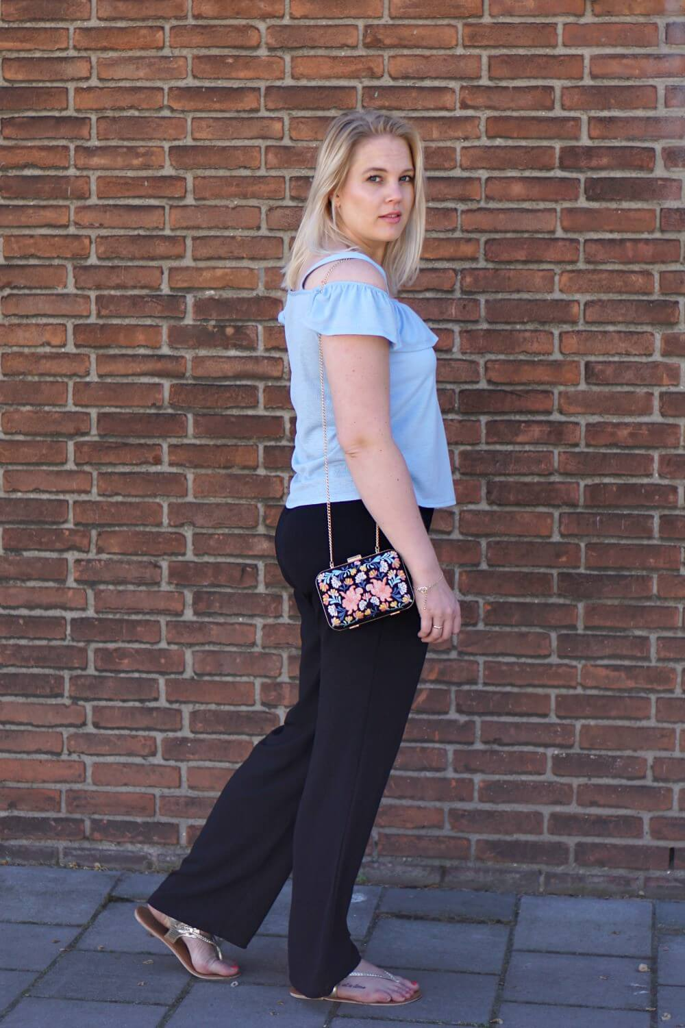 Outfit | Off shouldertop Primark with flowy pants Only