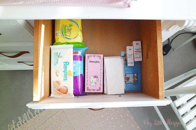 Babykamer inhoud commode