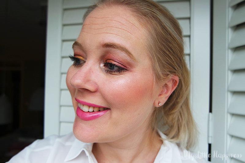 Primark Alice in Wonderland Palette - Looking for Wonderland Magical Face and Eye palette