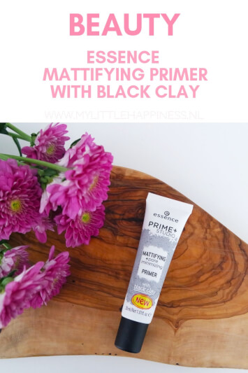 Essence Mattifying Primer with black clay