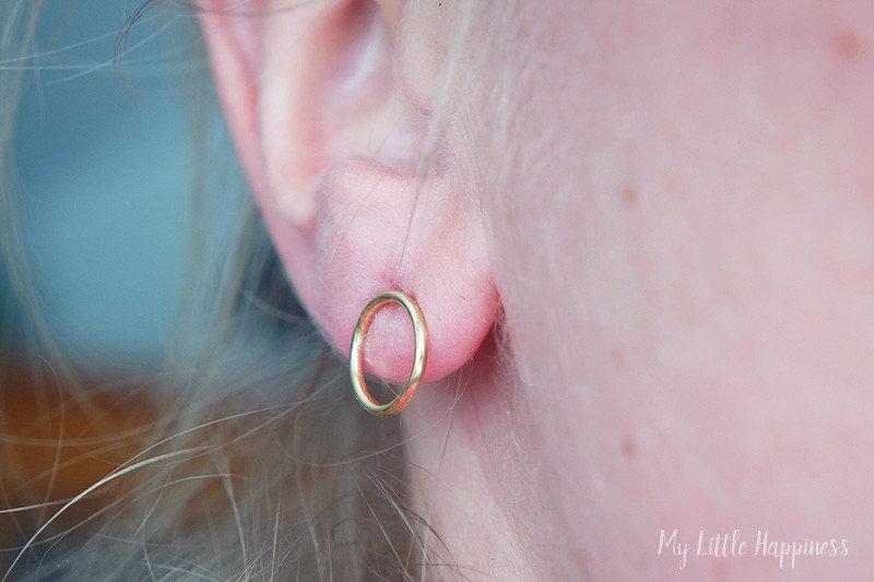Isabel Bernard Monceau Maxime 14 karaat gouden oorstekers ring