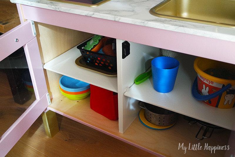 Ikea Duktig keukentje binnenkant