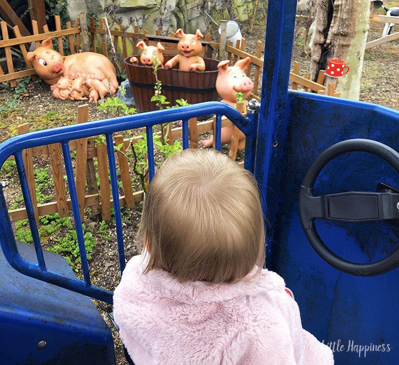 Mimi in de traktor