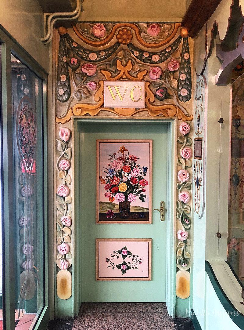 Toilet restaurant Milles Fleurs