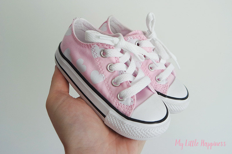 Allstar Low Infant Trainers Pink Foam White Heart Exclusive