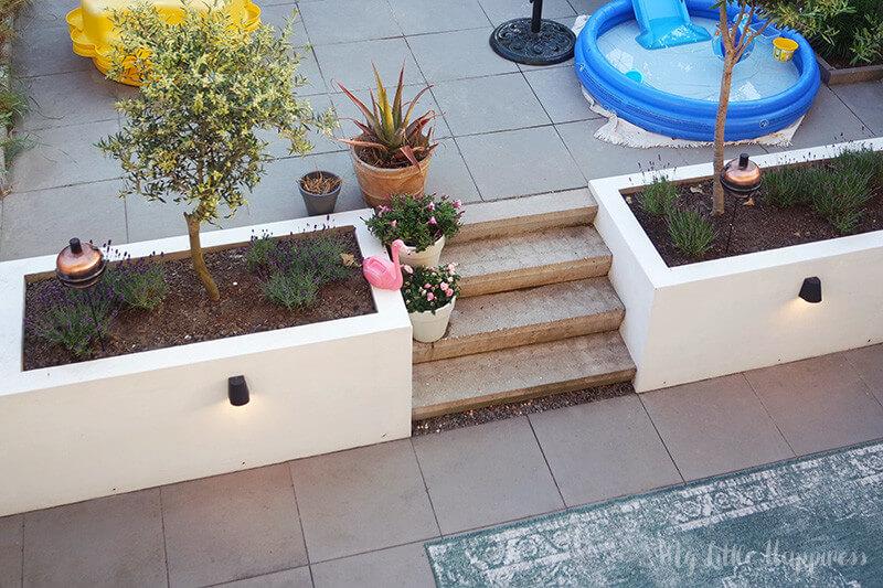 Extra aanpassing aan onze tuin: een overkapping